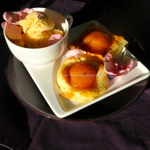 peaches in fragrant rose syrup tuille .16 © www.ice-cream-magazine.com