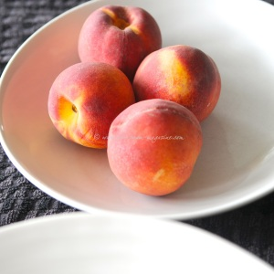 peaches in fragrant rose syrup tuille. © www.ice-cream-magazine.comjpg