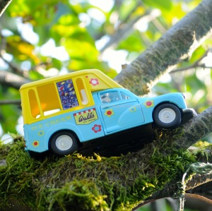 ice cream van © www.ice-cream-magazine.com