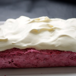 blackberry cheesecake ice cream © www.ice-cream-magazine.com